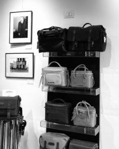 Foto Ottica Cavour, Milano - Le borse Federico Serrani
